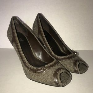 Brown Worthington tweed peep toe